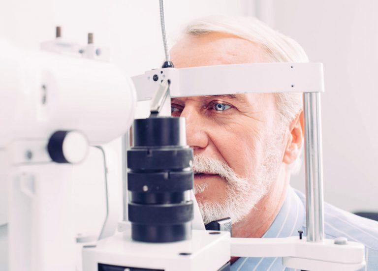 eye test at Optical People